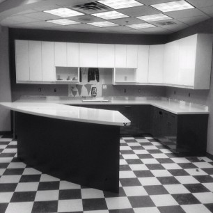 Blak and White Countertop